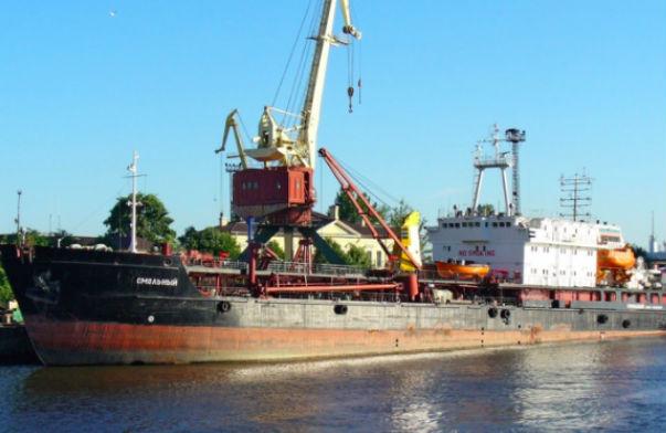 Украинский танкер задержан у берегов Крыма