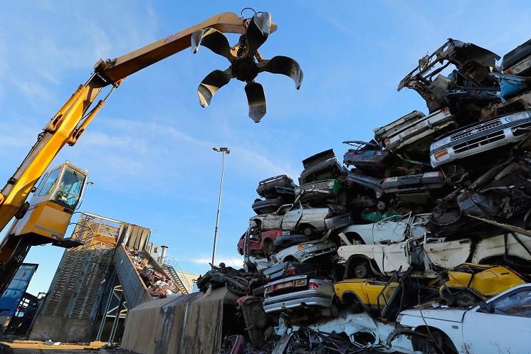 Правительство выделило 5 млрд на утилизацию автомобилей