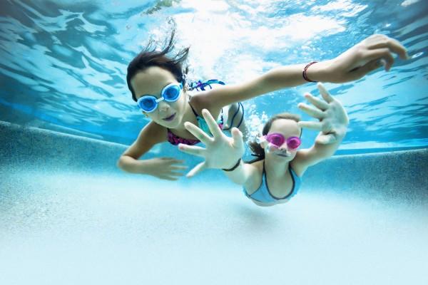 В бассейне развлекательного центра в Сочи утонула 3-летняя девочка