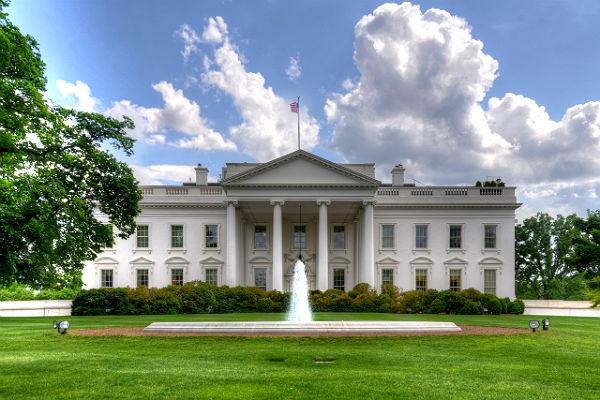 Вашингтон: Слабая экономика России не позволит ей использовать кризис в Греции в своих целях