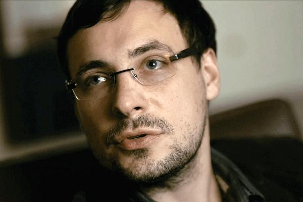 Евгений Цыганов ушел от беременной жены и 6 детей