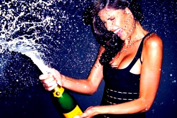 Календарь: 4 августа – День рождения шампанского