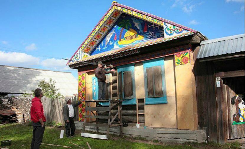 Ройзман опубликовал фотографии чудо-дома из пластиковых пробок