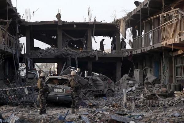 Число жертв и раненых при взрыве в Кабуле выросло до 40