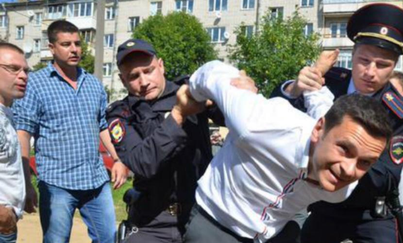 Опубликовано видео задержания Ильи Яшина