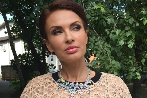 Эвелина Бледанс выступила за жесткое наказание обидчиков сестры Водяновой