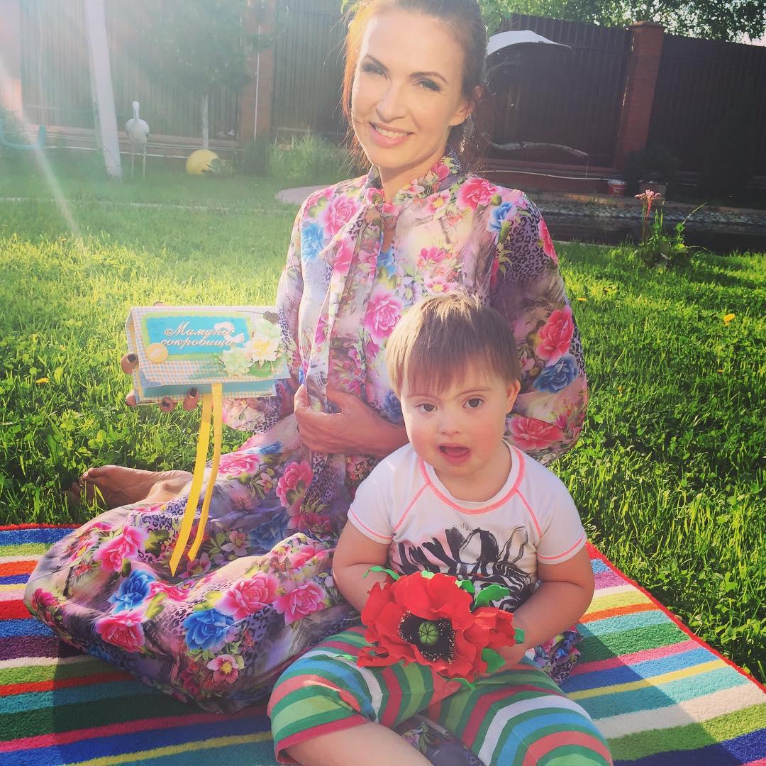 Фото эвелины бледанс и ее детей
