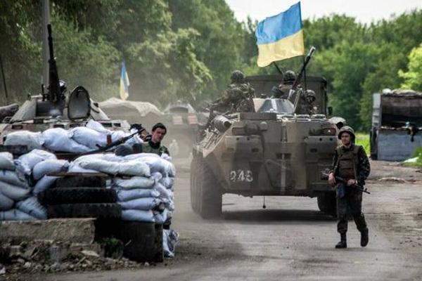 Украинские силовики арестовали на блокпосту православных священников