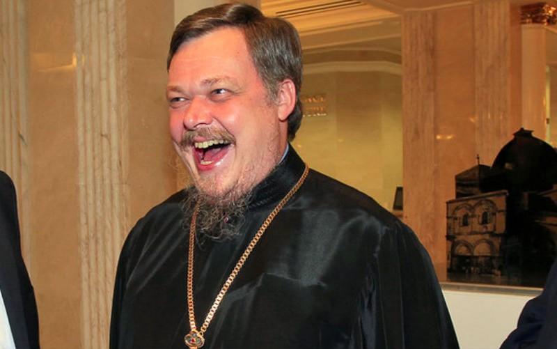 В РПЦ призвали верующих сменить политическую элиту в стране