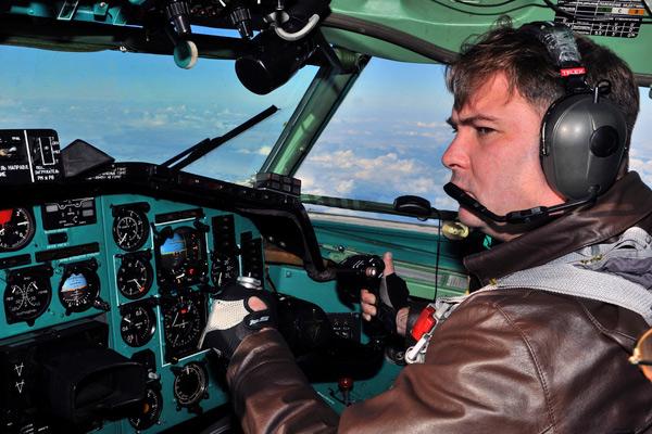 Минобороны предлагают подключить к обучению гражданских пилотов