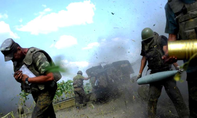 Танки и артиллерия ДНР окружают Мариуполь, произошел ночной бой