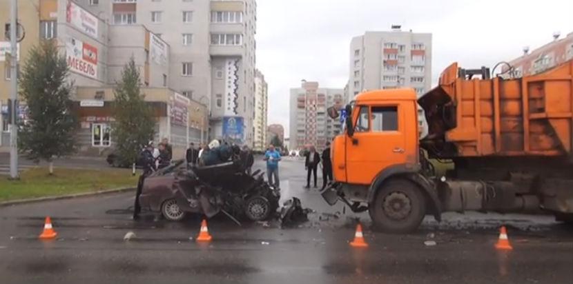 Брошенный парень покончил с собой, протаранив грузовик