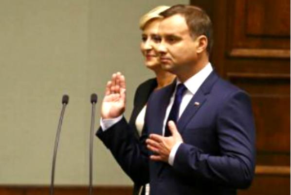 Дуда на инаугурации поклялся быть хорошим президентом Польши