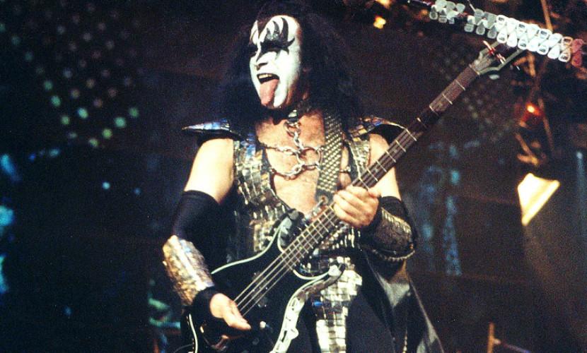 Полицейские провели обыск в аппартаментах лидера группы Kiss
