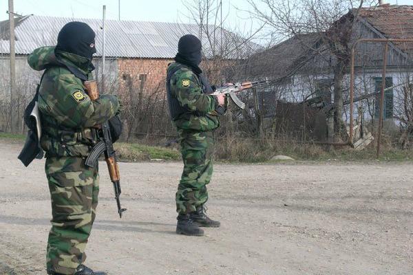 В Дагестане неизвестные расстреляли семью омоновца
