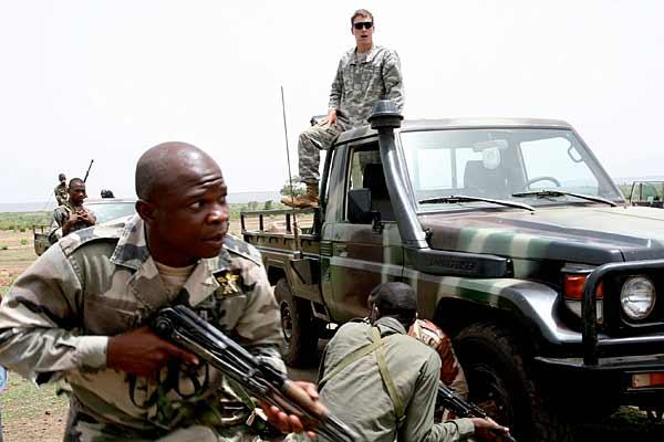 Десять человек стали жертвами вооруженного нападения в Мали