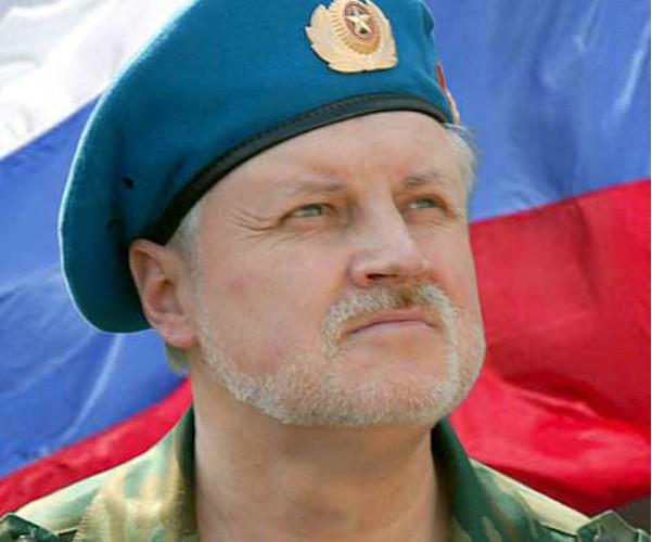 Сергей Миронов поздравил десантников с Днем ВДВ
