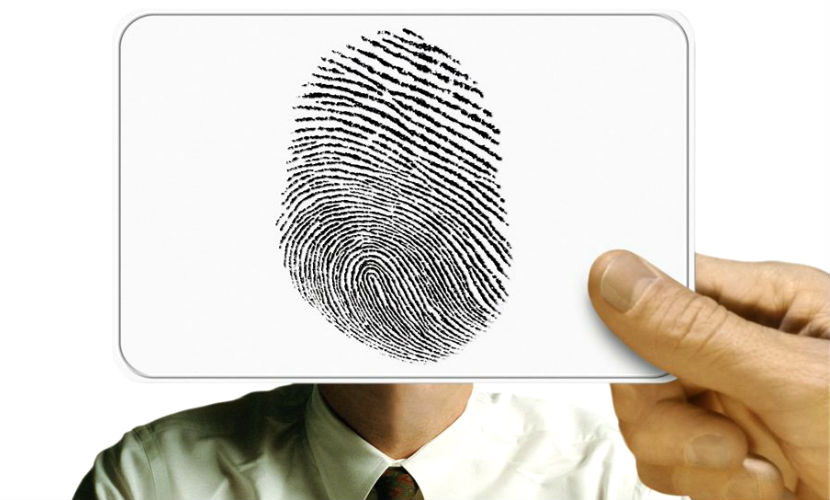 Шенгенскую визу не дадут без отпечатков пальцев