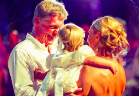 Песков появился на свадьбе с Навкой в часах за 9 миллионов