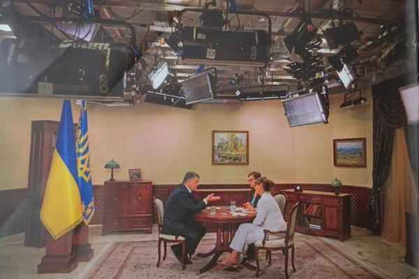 Кабинет Порошенко оказался бутафорским, - немецкие СМИ