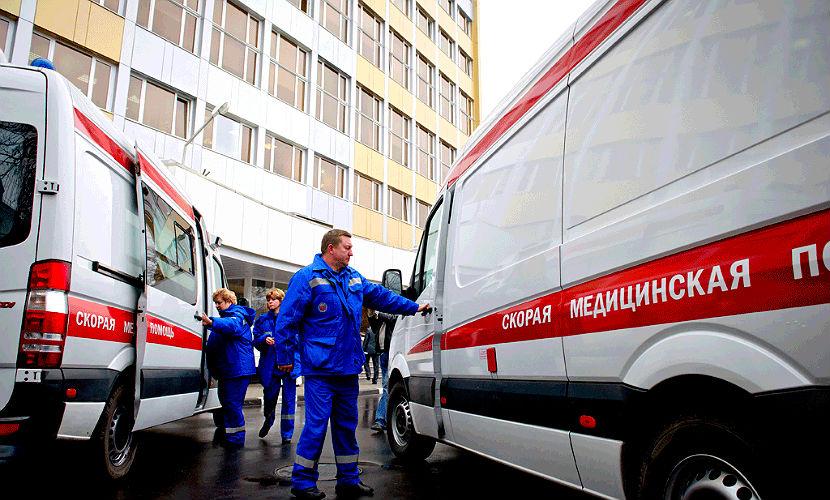 В Архангельской области иномарка задавила семь подростков, дети госпитализированы
