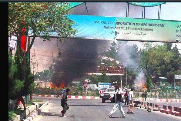 В аэропорту Афганистана прогремел мощный взрыв