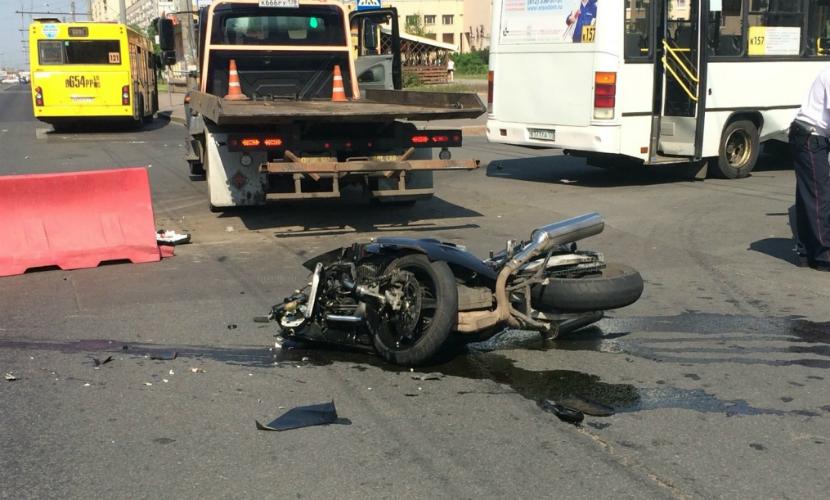 В Южноуральске водители иномарок убили мотоциклиста