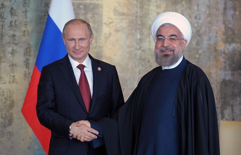 Президент России встретился с иранским коллегой Хасаном Роухани