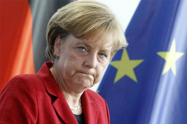 Голосовой помощник Siri назвал Ангелу Меркель «поросенком» и «рабыней США»