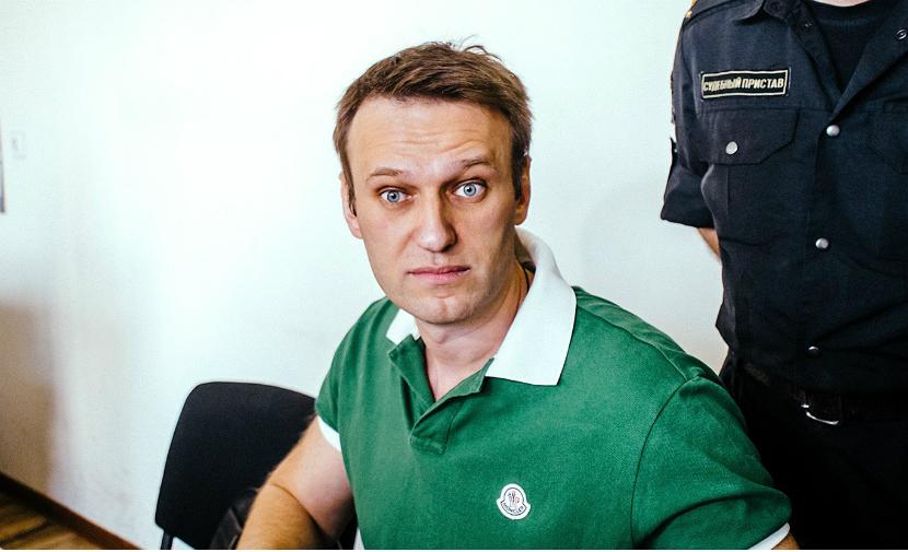 Навальному закрыли выезд за рубеж