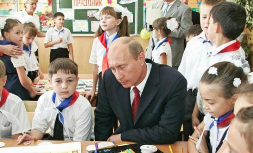 Путин разъяснил школьнику последствия падения рубля