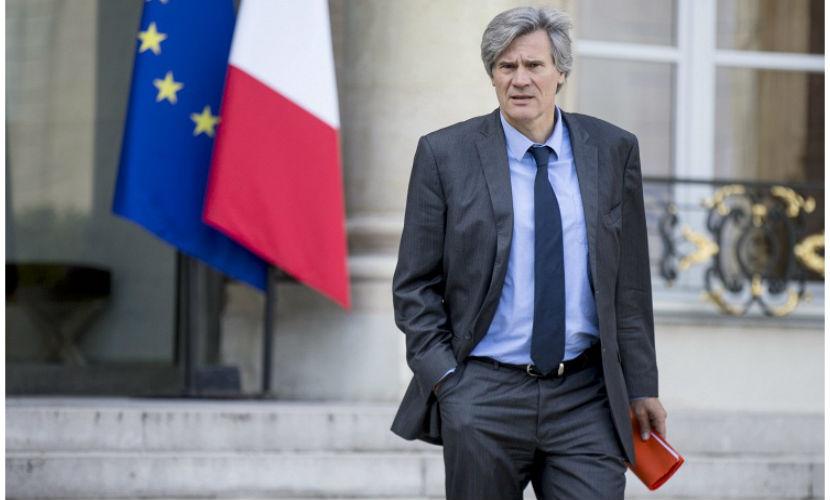Французский министр едет в Россию за отменой продэмбарго
