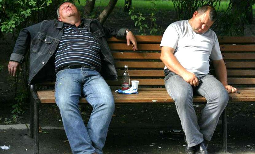 Россиян вылечат от пьянства за 2,3 млрд рублей