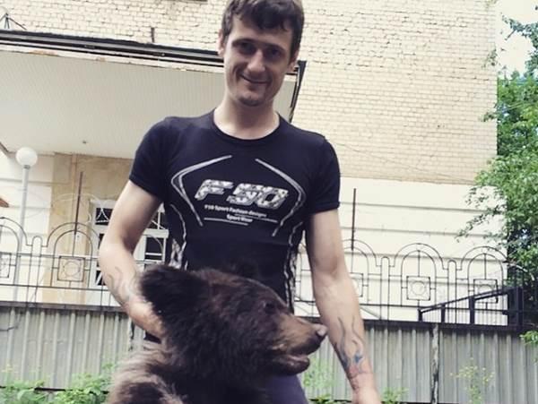 Дрессировщик медведей напал на жителей Ставрополя с ножом