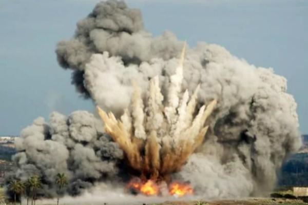 Минобороны: Авиация РФ уничтожила горные штабы террористов ИГ
