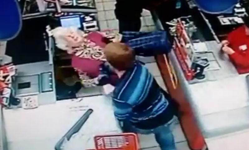 В Сызрани арестован мужчина, нокаутировавший старушку в