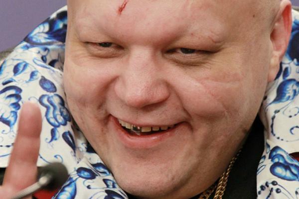 Барецкий уничтожит свой BMW в обмен на Lada Kalina