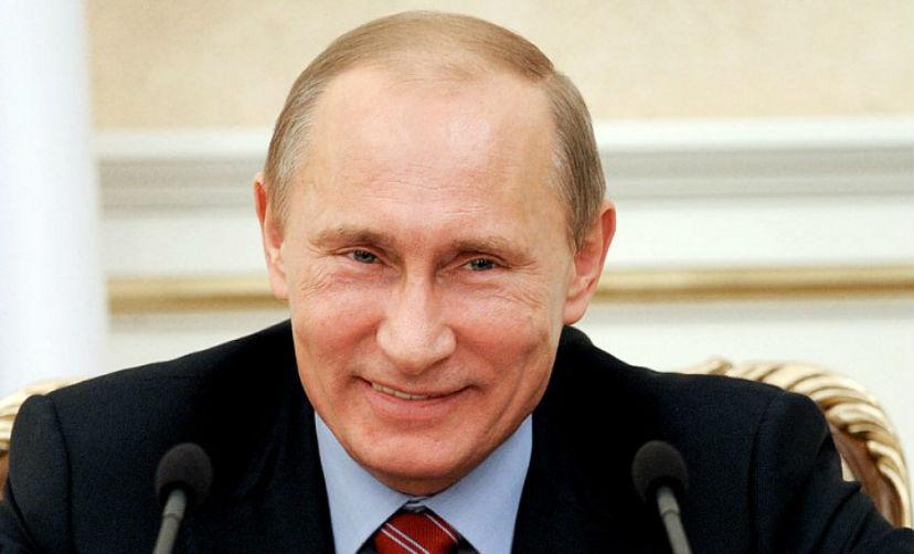 Москвичи: В России и в мире нет лидера достойнее, чем Путин