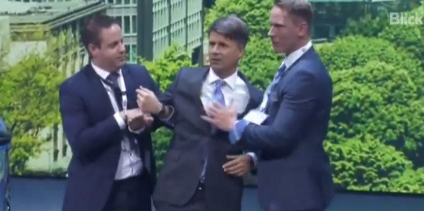 Глава BMW госпитализирован с инсультом с международного автосалона