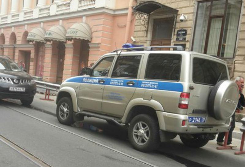 Сотрудник администрации Петербурга пострадал во время перестрелки