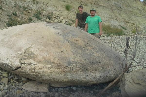 4-метровый диск НЛО обнаружили уфологи в Волгоградской области
