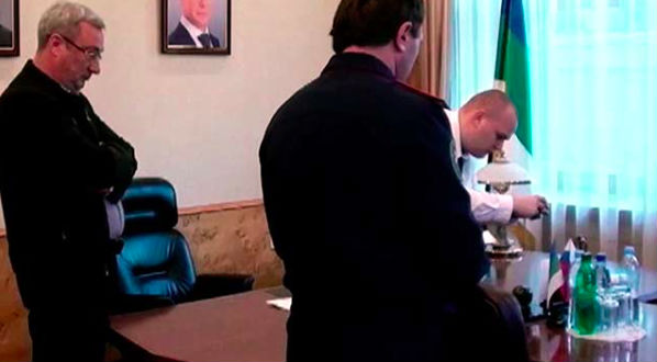 В кабинете главы Коми прошли обыски