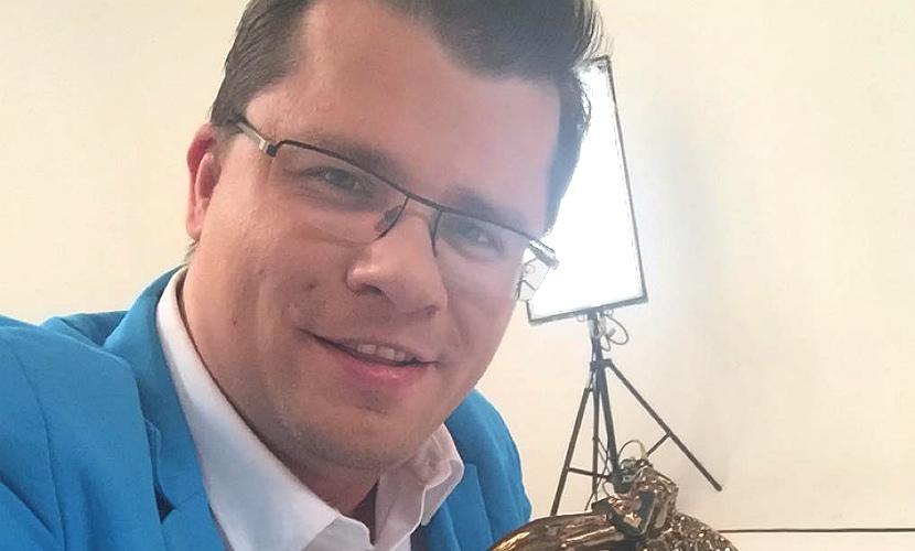 Гарик Харламов украл бронзового