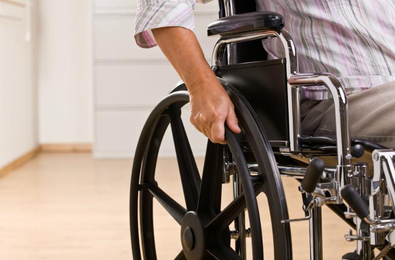 Депутаты предлагают наполовину сократить плату за капремонт инвалидам
