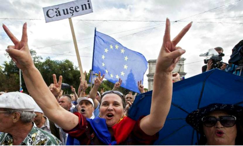 Лидеры протестующих в Молдавии отказались замерзать в палатках