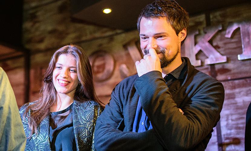 Данила Козловский и Анна Чиповская повеселились в ресторане