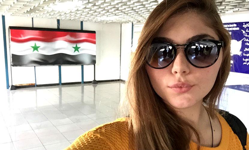 Юная силачка Марьяна Наумова прошлась по столице Сирии