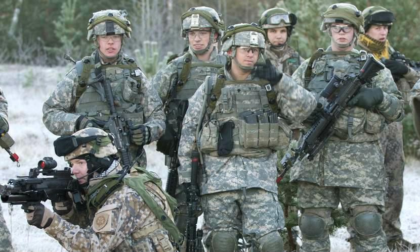 Три уязвимых места НАТО в противостоянии с Россией назвал командующий армией США
