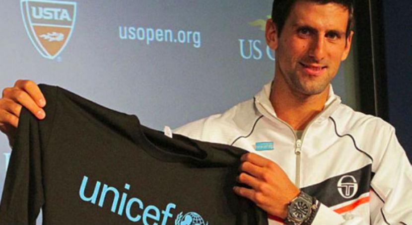 Лучший теннисист мира поиграл с детьми беженцев