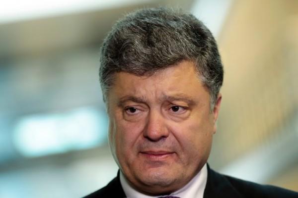 Порошенко обещал вернуть Крым и Донбасс Украине